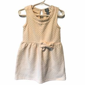 Gap quilted cream colored dress 4T